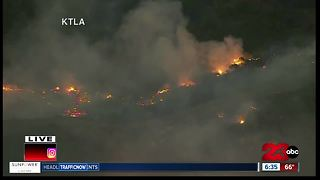 Southern California battling deadly and destructive fires - Video