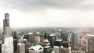 Thunderstorm Rolls Into Chicago - Video