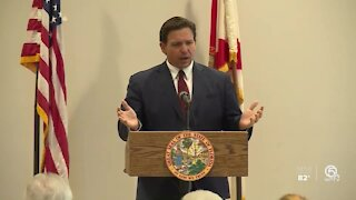 Florida Gov. Ron DeSantis speaks to mostly maskless crowd in West Palm Beach