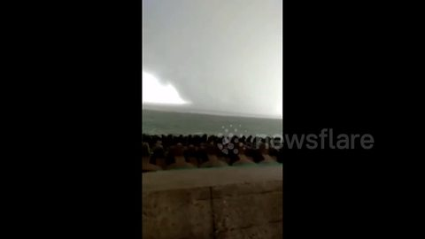 Giant waterspout swirls in northern China