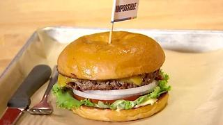 Eco-friendly 'Impossible' burger debuts in Texas - Video