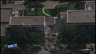 Minneapolis school explodes killing one person - Video