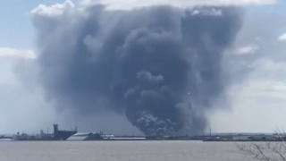 Wisconsin Refinery Explosion, Fire Prompts Evacuations - Video