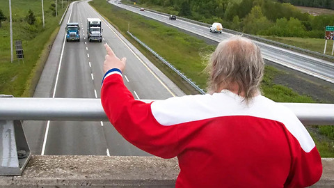 This Man Has Spent 48 Years Waving To Cars From A Highway Overpass