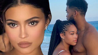 Kylie Jenner Posts CRYPTIC Message To Jordyn Woods And New Boyfriend Karl-Anthony Towns!