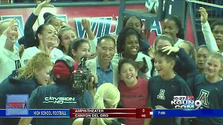 Volleyball coach Dave Rubio wins 500th game at UA - Video