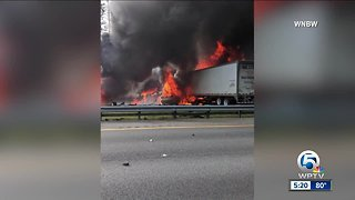 6 killed in fiery crash