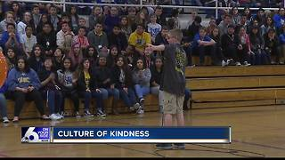 Caldwell school remember Parkland victims through kindness - Video
