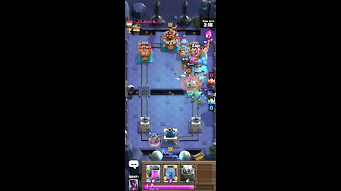 Getting destroyed an infinate lexure (clash royael)
