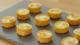 Xanthe Clay's baked quail's egg canapés - Video