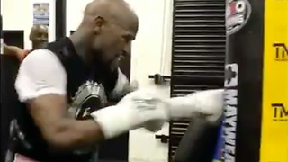 Floyd Mayweather TRAINING for 51st Fight!? - Video