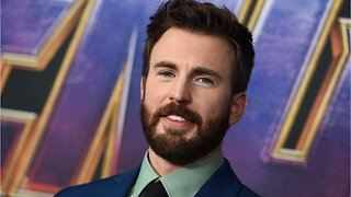 Captain America Star Chris Evans' Shares First Headshot