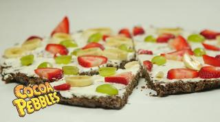 Fruit Pizza with Cocoa Pebbles Crust - Video