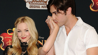Dove Cameron GUSHES Over Boyfriend Thomas Doherty! - Video
