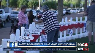 Memorials for Vegas shooting victims appear around the city