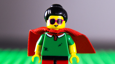 S3 Ep8: How LEGO Helps Blind People See