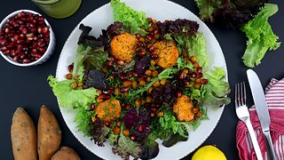 Roasted sweet potatoes & chickpea salad recipe - Video