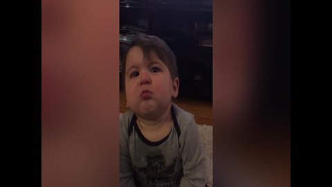 Baby's Reaction to Mom's Singing is Too Good