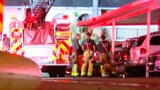 Apartment fire near Greenacres displaces 8 families - Video