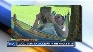 Milwaukee musician detained in Abu Dhabi for having prescribed painkillers - Video