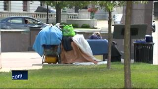 Residents attend panel about homeless issue in Northeast Wisconsin - Video