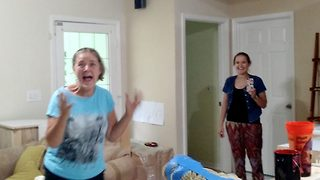 Hilarious moment big sister receives the ultimate surprise visit - Video