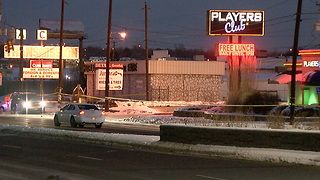 Strip club security guard shoots, kills man - Video