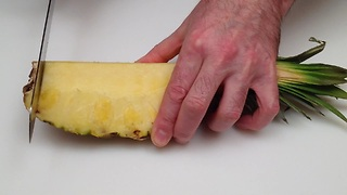 How to cut and serve a pineapple - Video