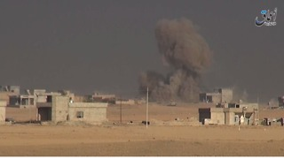 Iraqi Forces Capture Village South of Qayyarah Following Islamic State Car Bombing - Video