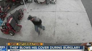 Thief blows his cover during Poway burglary - Video