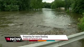 Residents urged to monitor Fox River water levels