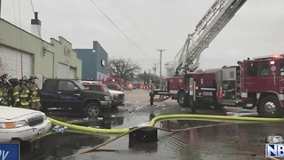 HAZMAT Crews Called In for Auto Garage Fire in Fond du Lac - Video