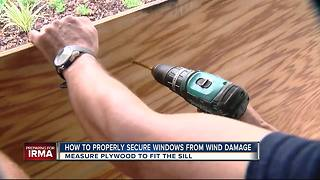 Experts share how to properly board up windows before Irma hits - Video