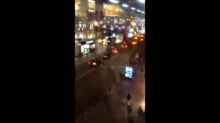 Shoppers flee Oxford Circus incident - Video