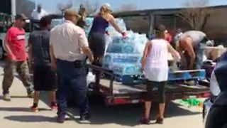 Texas Church Group Brings Supplies to Harvey-Struck Rockport - Video