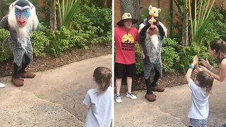 The circle of life! Lion king characters help family with gender reveal
