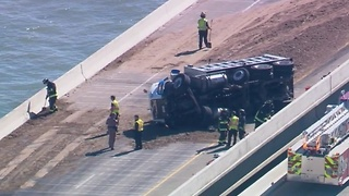 2 crashes close down lanes of Skyway bridge - Video