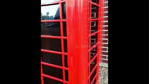 A surprise in a red telephone box in ... Russia?