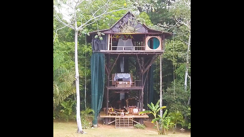 You Can Rent This Three-Story Luxury Treehouse