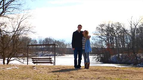 Surprise marriage proposal brilliantly captures young love