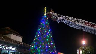 Town & Country Village Shopping Center Christmas Tree Lighting - Video