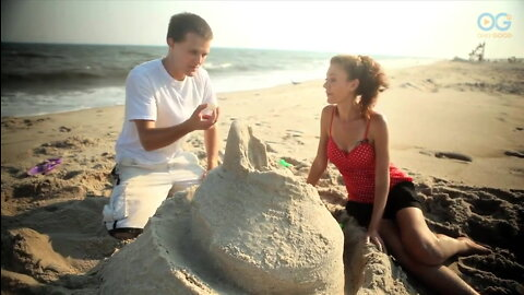 How To Build A Ball Roll Sandcastle - Master Anything With Monica
