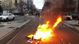 Chaos on streets of Lyon as yellow vest protests continue