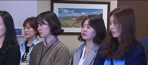 Doctors from S. Korea tour Las Vegas hospital
