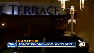 Pickpocketing team targets women and their wallets - Video