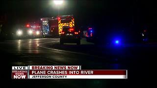 Plane crashes into Rock River in Jefferson County - Video