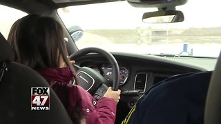 Florida native gets lesson in safe Michigan winter driving
