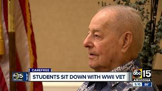 Arizona students sit down with a WW2 vet - Video