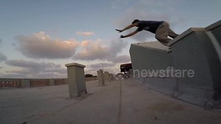 War-torn Gaza is perfect setting for Ahmad Matar's parkour - Video