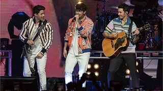 The Jonas Brothers Make Epic Comeback With New Songs On 'SNL'